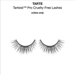 "Tarte ""girlboss"" lashes"